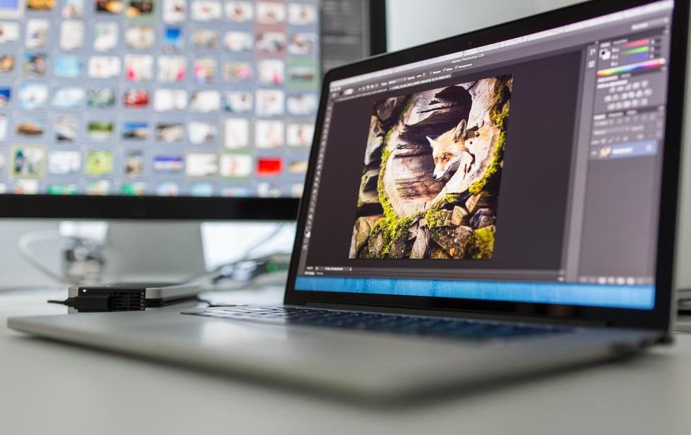 ноутбук для работы с фотошопом